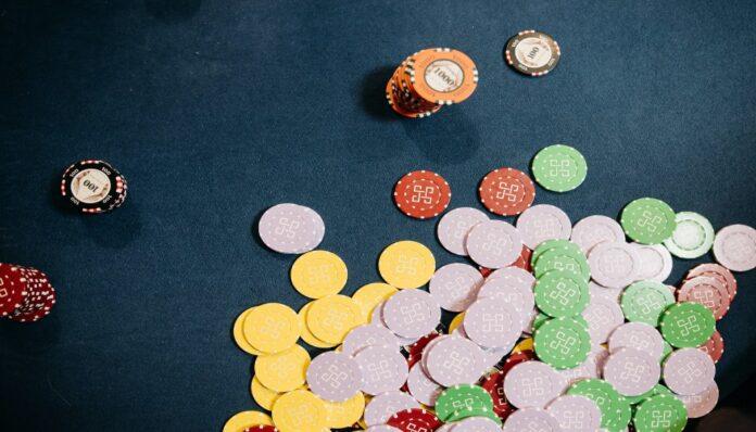 Persamaan Antara Kamar Poker Online